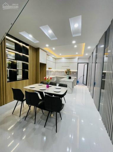 Bán nhà đường Trần Phú, phường 9, quận 5, DT: 4x10m, giá 5.5 tỷ, nhà đẹp vào ở ngay ảnh 0