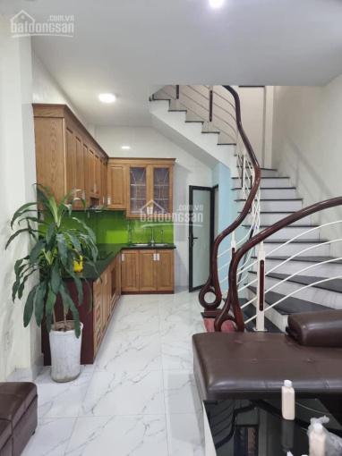Cho thuê nhà 30m2 x 4,5 tầng, 3PN, ở Quan Nhân giá 10 triệu/tháng ảnh 0