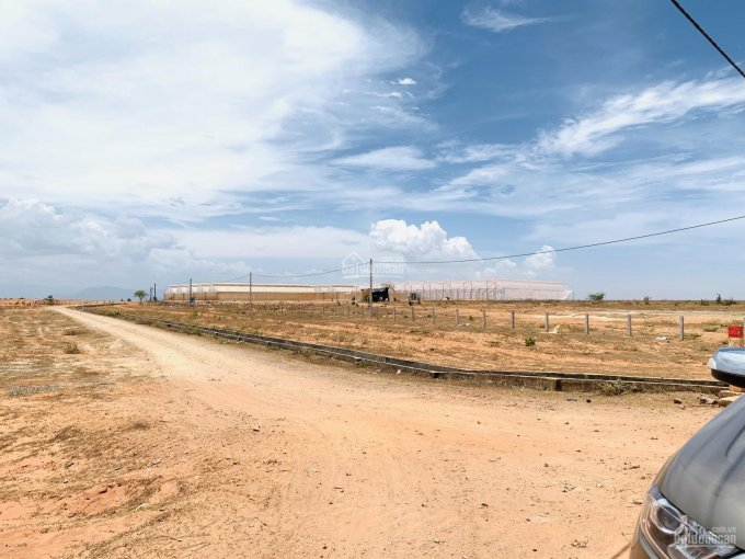 Đất gần KCN Rạng Đông, 14798m2, giá 70 nghìn/m2, có suối bao quanh đất, gần cao tốc PT - VH, có sổ ảnh 0