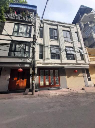 Nhà mặt phố Ba Đình, gần hồ Trúc Bạch + Hồ Tây. Mặt tiền siêu rộng ảnh 0