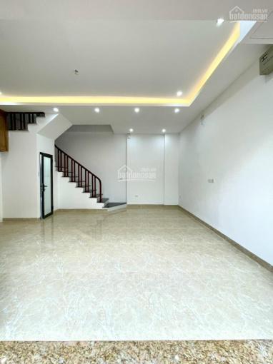 Bán nhà ngõ 621 phố Vũ Tông Phan, Thanh Xuân, ngõ thông chính, 36m2 x 5 tầng, cách 1 nhà ra ô tô ảnh 0