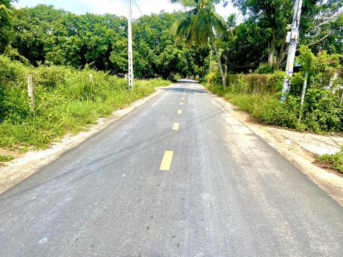 Bán hơn 3 sào đất Cam Hải Tây mặt tiền 53m giá cực tốt chưa đến 2tr/m2, LH: 0909850***