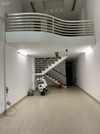Cho thuê nhà nguyên căn thích hợp làm văn phòng mặt tiền Ngô Quyền, đối diện KS Mường Thanh