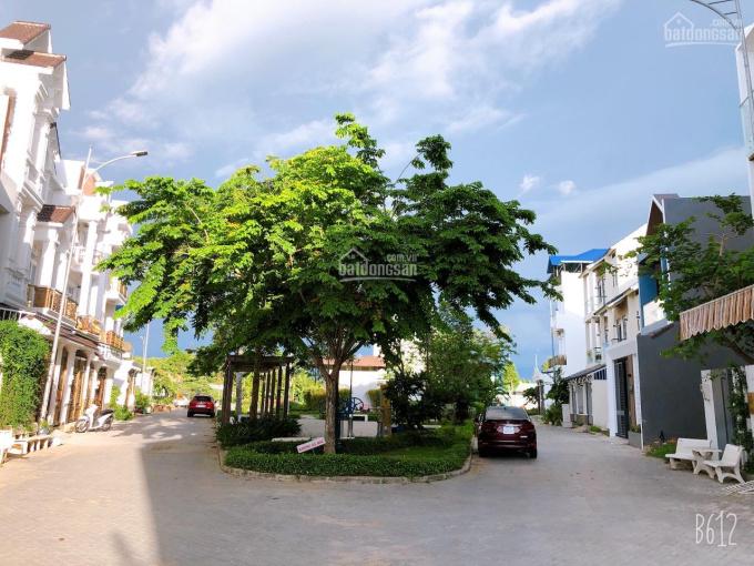 Nhà mới trệt 2 lầu kiểu biệt thự mini ngang công viên 500m2 khu Nam Long (diện tích lớn nhất) ảnh 0