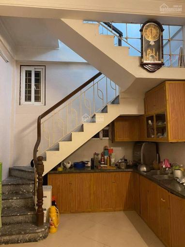 Chính chủ cho thuê nhà riêng 4 tầng, 2 phòng ngủ, ngõ 41 phố Vọng ảnh 0