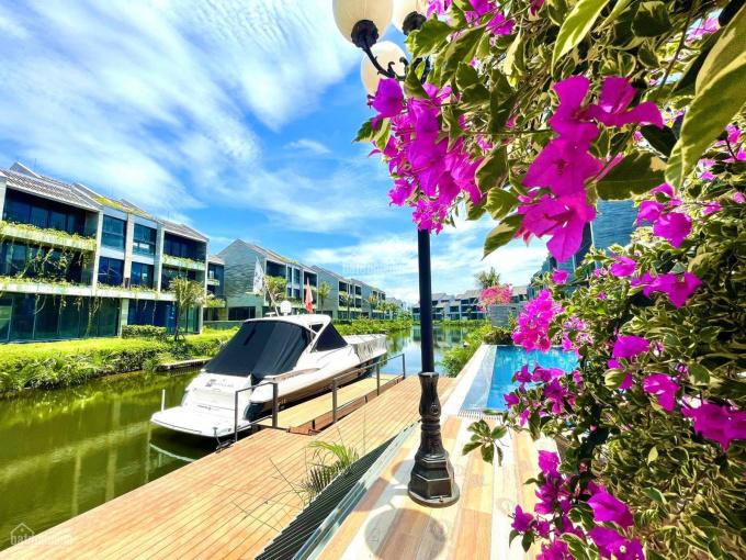 Bán biệt thự Casamia SL5 đã hoàn thiện phần thô, đối diện công viên có thể đi vào ở hoặc kinh doanh ảnh 0