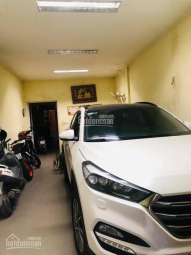 Gia đình tôi cần bán nhà phân lô bộ Công An phố Chùa Láng 42m2 4T, ôtô 7 chỗ vào nhà, 5.78 tỷ, SĐCC ảnh 0
