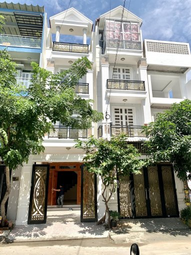 Bán nhà 4 tầng trục chính đường 12 khu dân cư Hưng Phú, CoopMart Bình Triệu, Gigamall Phạm Văn Đồng ảnh 0