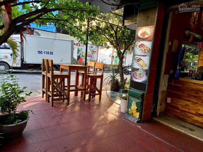 Bán nhà 4 tầng mặt đường Văn Cao vị trí đẹp thuận tiện kinh doanh