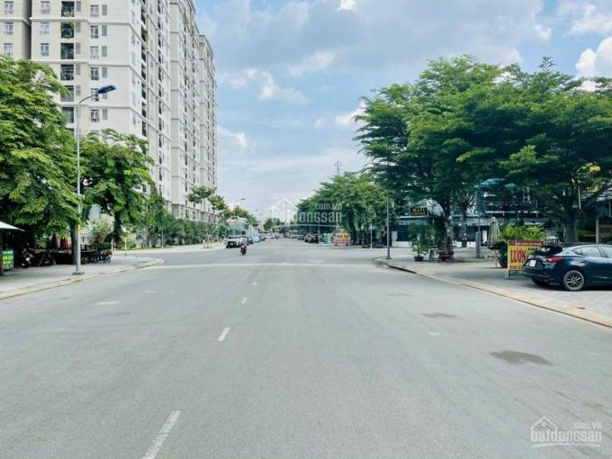 Đất 2 mặt tiền tuyệt đẹp khu dân cư cao cấp Gia Hoà đường Đỗ Xuân Hợp, diện tích 202m2, ngang 10,7m ảnh 0