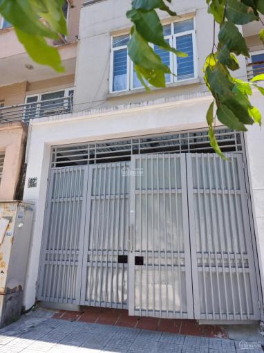 Cho thuê biệt thự KĐT Văn Phú, Hà Đông, diện tích 80m2/sàn nhà 4 tầng, nhà thô hoàn thiện mặt ngoài ảnh 0