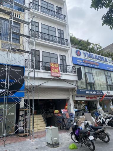 Cho thuê nhà mặt phố Phạm Văn Đồng gần cầu vượt Xuân Thuỷ 65m2 6,5 tầng 1 hầm, thông sàn. Giá 50tr ảnh 0