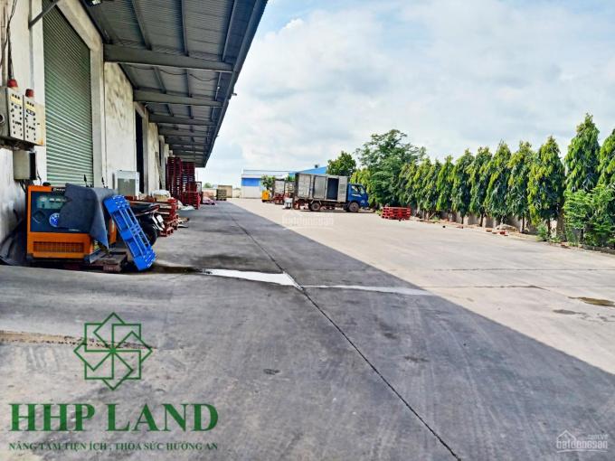 Cho thuê kho xưởng 1.200m2 sát bên KCN Long Bình, có chia nhỏ từ 200m2 - 0976711267 ảnh 0