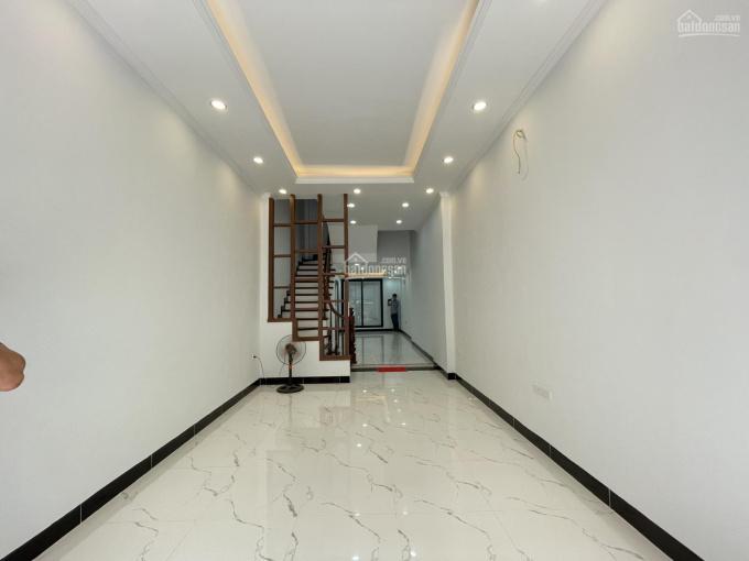 CC bán nhà cách phố 30m xây mới 50m2 x 5T hai mặt thoáng Chùa Hà, Dịch Vọng, Cầu Giấy giá 5,9 tỷ ảnh 0
