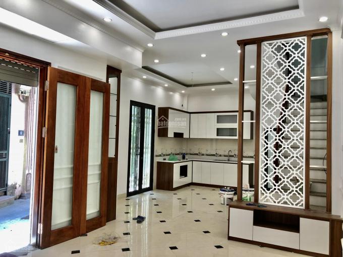 Tôi bán nhà Nguyễn Trãi, Thanh Xuân, 47m2x5T, xây mới, MT 9m, nội thất xịn, ngõ rộng thoáng, 5.1 tỷ