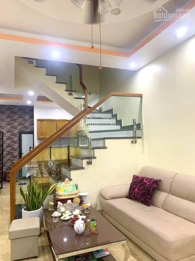 Chỉ có 3.2 tỷ sở hữu ngay căn nhà 4.5 tầng tại tái định Cư Xi Măng phường Sở Dầu, quận Hồng Bàng LH ảnh 0