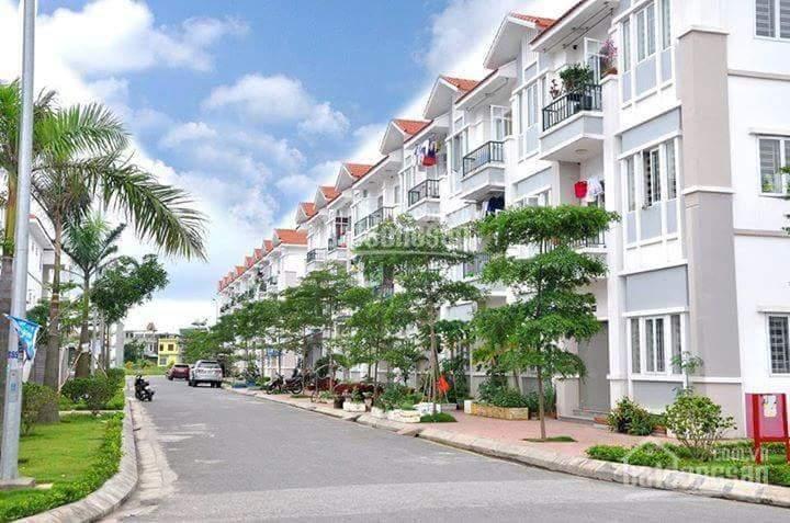Bán gấp căn hộ tầng 3, 63.4m2, 2PN. Giá chỉ 750 triệu LH: 0936.786.***