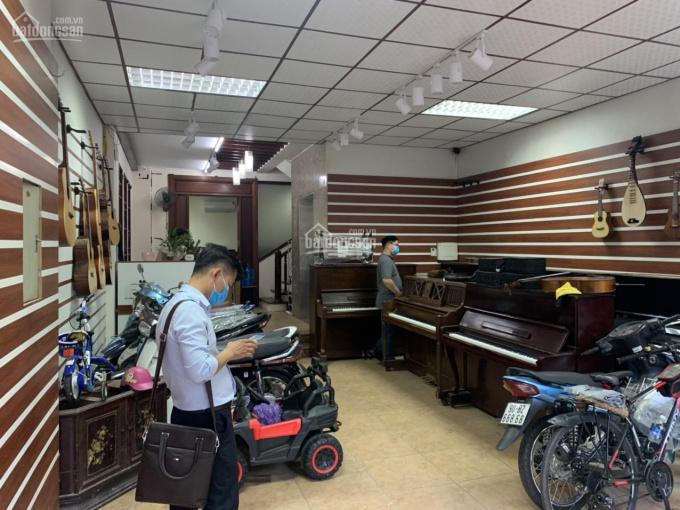 Cho thuê nhà Nguyễn Khánh Toàn, Cầu Giấy 80m2, 6 tầng, MT 10m thông sàn, thang máy, giá 40tr ảnh 0