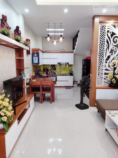 Nhà Hào Nam - phong thủy tốt, gần sát phố, tự xây, full nội thất, DT 40m2*5 tầng, giá 6 tỷ TL ảnh 0