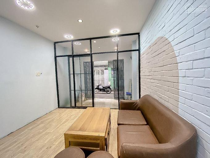 Nhà bán gấp rất rẻ, 45m2 trên sổ, 2 tầng 2 mặt hẻm nhựa, đường Cách Mạng Tháng 8, giá 5.8 tỷ ảnh 0
