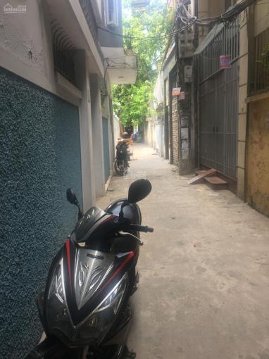 Bán đất tặng nhà 3 tầng cũ ngõ phố Nguyễn Phúc Lai. DT 116m2, MT 9m giá 10.44 tỷ, SĐCC ảnh 0