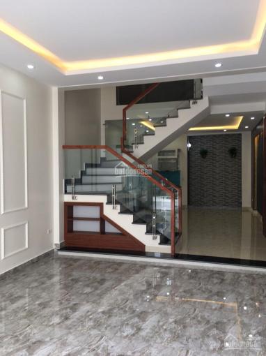 Nhà Lê Hồng Phong 68m2 4 tầng vỉ hè đường nhựa
