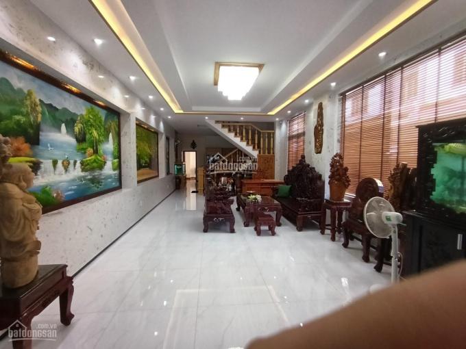 Bán nhà 3 tầng lô góc Nguyễn Xuân Nhĩ khu vực yên tĩnh dân trí cao, nhà mới nội thất vip ảnh 0