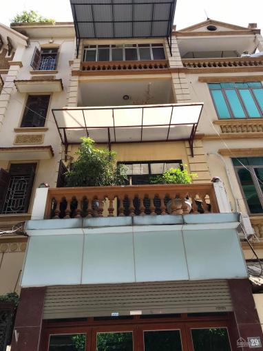 Bán nhà ngõ 8 Võng Thị DT 60m2 x 5 tầng MT 6,2m LH 0978949090 ảnh 0