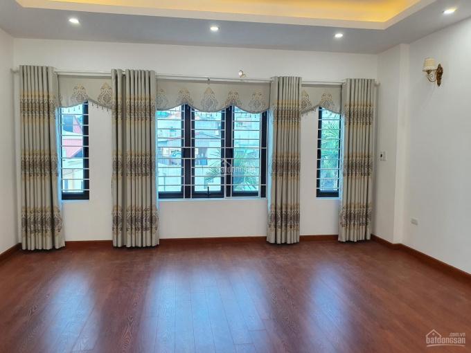 Bán gấp nhà mới, vừa đẹp vừa thoáng, giá cực hợp lý, 52m2 x 5T, giá 5 tỷ, có thang máy, sân riêng ảnh 0