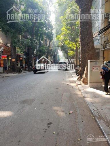 Bán nhà phố Lý Nam Đế - Hoàn Kiếm, cách phố 30m, DT 110m, 3 tầng, MT 7.6m, giá 21 tỷ ảnh 0