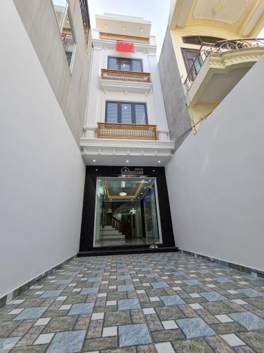 Bán căn nhà 4 tầng x 75.4m2 mặt ngõ Thiên Lôi ô tô đỗ sân ảnh 0
