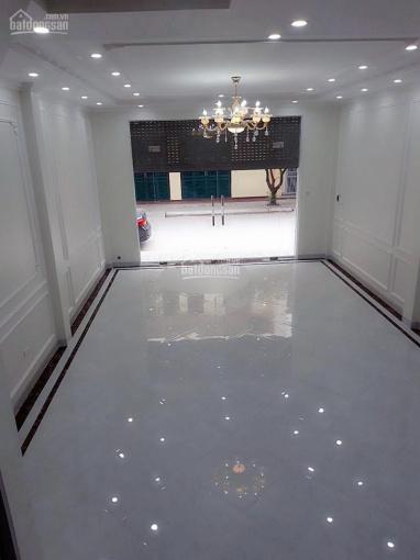 Cho thuê nhà đường Bà Triệu, Hà Đông 45m2 x 4 tầng, 4 ngủ, xe tải tránh nhau giá 10tr/tháng ảnh 0