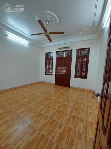 Bán nhà phố Chùa Láng, 68m2, MT 4.2m, gần ô tô, gần phố, giá 6.5 tỷ ảnh 0