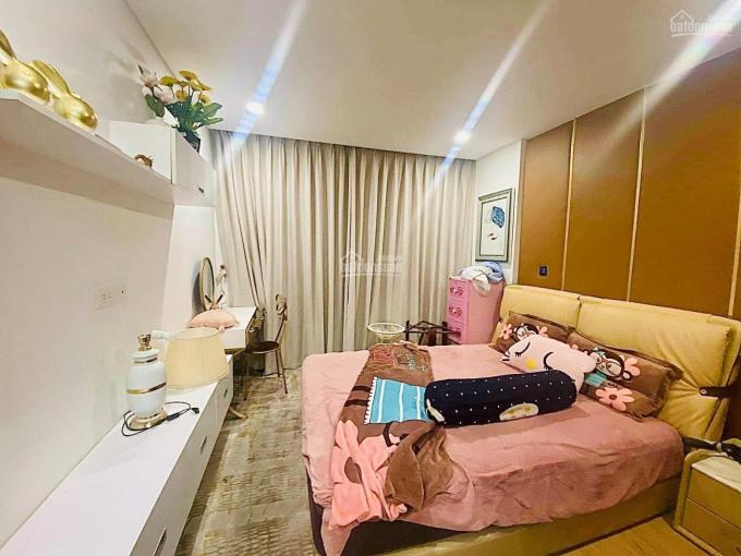 Gia đình mình cần bán căn hộ 08 tầng trung Rivera Park, 101m2, giá 4.65 tỷ full nội thất xịn, sổ đỏ ảnh 0