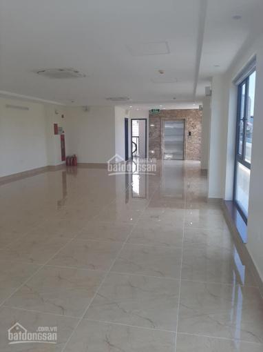 Cho thuê nhà ngõ 49 Huỳnh Thúc Kháng, DT 60m2x3 tầng, 3 sàn thông, có thang máy. Giá: 20 triệu/th ảnh 0