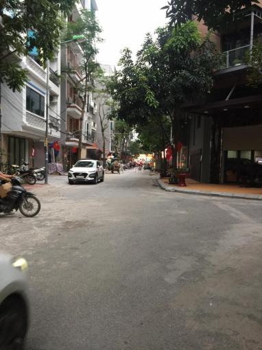 Bán đất lô góc, mặt tiền lớn tại Mai Dịch, 130m2, mặt tiền 8m, kinh doanh đỉnh, đường 20m ảnh 0