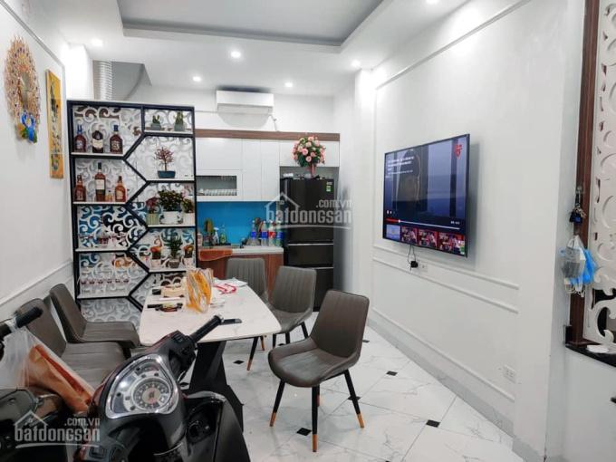 Cần bán nhà mới xây trung tâm quận Đống Đa, gần Văn Miếu ảnh 0