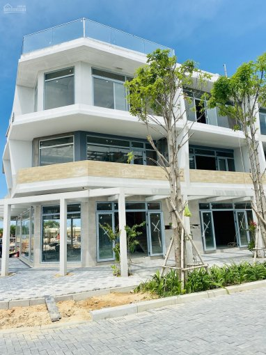 Nhà phố 2 mặt tiền 3 tầng cách biển 500m ở Phan Thiết giá từ 1,8 tỷ vay 75% lãi suất 0% ảnh 0