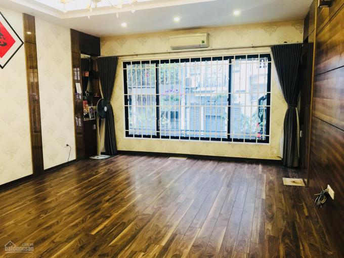 Cho thuê nhà ngõ 97 Văn Cao 70m2x5t MT5m có gara điều hòa sàn gỗ 7 phòng sử dụng 17tr/th 0968063506 ảnh 0