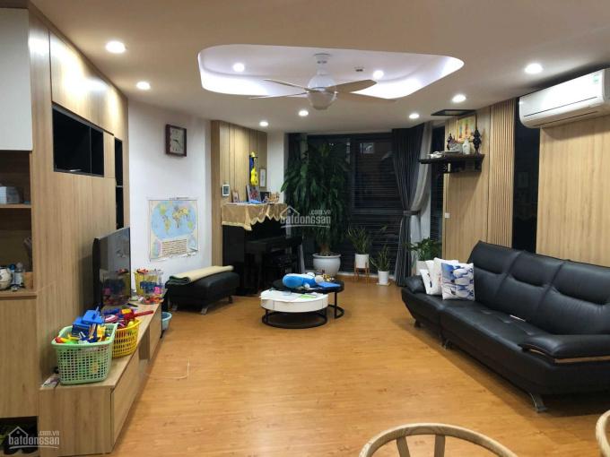 Chính chủ bán căn 2PN 99m2 full nội thất Yên Hòa Park View ban công Đông Nam, giá 3.7 tỷ