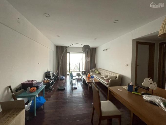 (Giá tốt 31.5 tr/m2) BC Đông Nam 100m2, 2PN, 2WC tầng trung đẹp nhất ChelSea Park. LH: 0815071172 ảnh 0