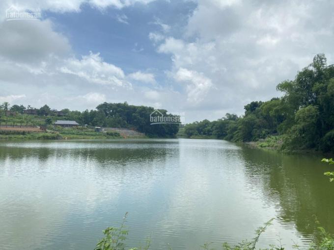 Bán khuôn viên nghỉ dưỡng 1392m bám hồ, view đẹp nhất miền Bắc cách Hà Nội 45km giá chưa tới 6 tỷ ảnh 0