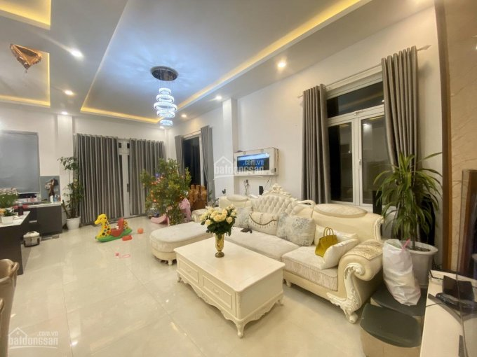 Bán căn villa sang chảnh mẫu tâm TP Đà Lạt. 193m2 mặt tiền đường 10m, giá: 10 tỷ 580 TL ảnh 0