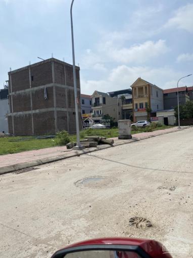 Vỡ nợ bán lô đất đấu giá X3 40tr/m2. Nhanh tay thì còn chậm tay thì tiếc các bác ơi phố Đồng Nhân ảnh 0