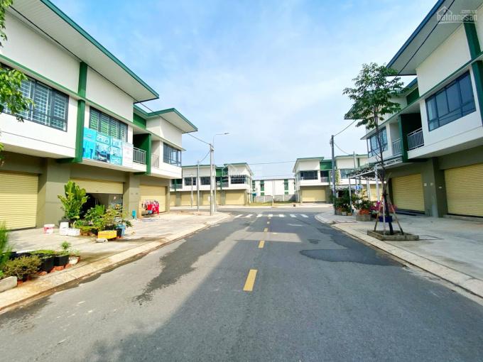 Bán shophouse Oasis City 85m2 sổ hồng gần siêu thị Big C QL13 Bình Dương. LH 0945 706 508 ảnh 0