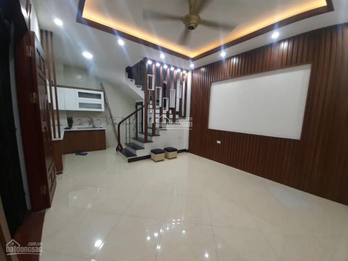 Nhà mới 5T x 38m2 cách MP Lê Ngọc Hân 15m, 4PN 3ĐH, 4WC, bếp, giường, giá 13tr/th. A Sơn 0934685658 ảnh 0