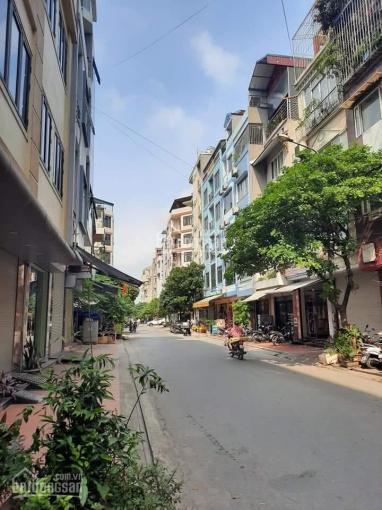 Ai cũng bán phố Trúc Bạch, Quán Thánh, còn tôi bán nhà mặt phố Châu Long, hàng hot nhất thị trường ảnh 0