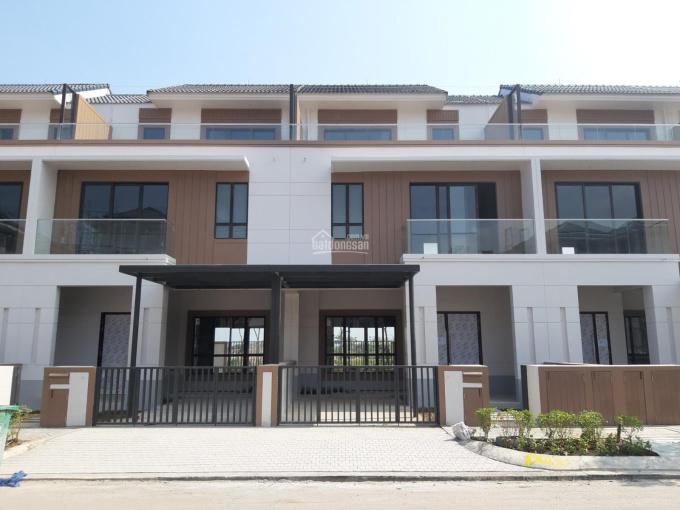 Cần bán nhà phố Swan Bay, liền kề khu club house, ngân hàng hỗ trợ 70%, LH 0946.888.918 ảnh 0