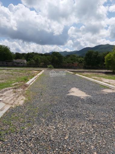 Chính chủ cần bán gấp miếng đất gần KDL Núi Dinh, TX. Phú Mỹ, tỉnh BR-VT, DT 630m2, giá 2tr2/m2 ảnh 0