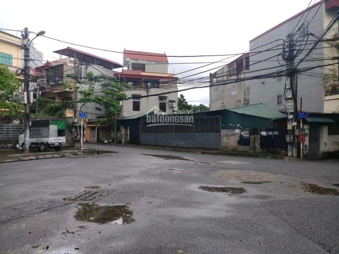 Hiếm, nhà 3 tầng phố Lâm Hạ, diện tích 203m2, MT 8,3m. Vị trí đẹp, ô tô tránh, Giá 23,5 tỷ ảnh 0